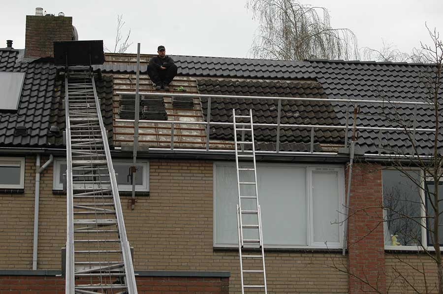 dakgoot plaatsen dakdekker Roosendaal
